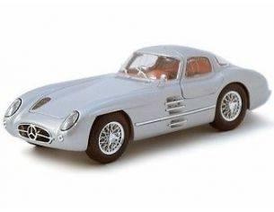 Maisto MI36898 MERCEDES 300 SLR UHLENHAUT COUPE' 1954 SILVER 1:18 Modellino