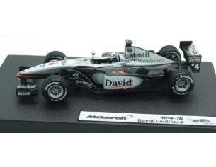 Mattel 50210 MCLAREN F1 COULTHARD 2001 1/43 Modellino