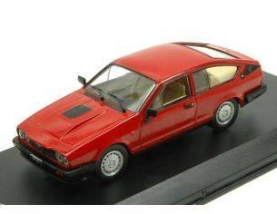 White Box WB249 ALFA ROMEO GTV 6 2.5 1980 RED 1:43 Modellino