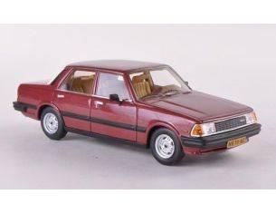 Neo 44010 MAZDA 626 SEDAN MK1 1982 RED 1/43 Modellino