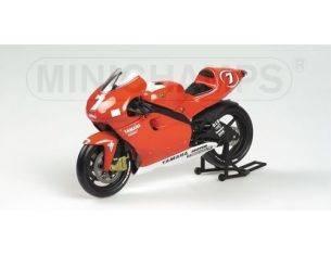 MINICHAMPS 122016307 YAMAHA YZR 500 MOTOMONDIALE 2001 TEAM MARLBORO CARLOS CHECA Modellino