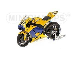 Minichamps PM122063096 YAMAHA V.ROSSI 2006 END OF RACE VERSION 1:12 Modellino