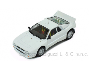 Ixo model MDCS013 LANCIA 037 RALLY EVO WHITE 1985 PLAIN BODY VERSION + 4 WHEELS 1:43 Modellino