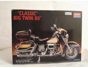 ACADEMY 1548 CLASSIC BIG TWIN 80 KIT 1:10 Modellino