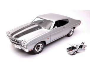 Welly WE19855S CHEVROLET CHEVELLE SS 454 1970 SILVER W/BLACK STRIPES 1:18 Modellino