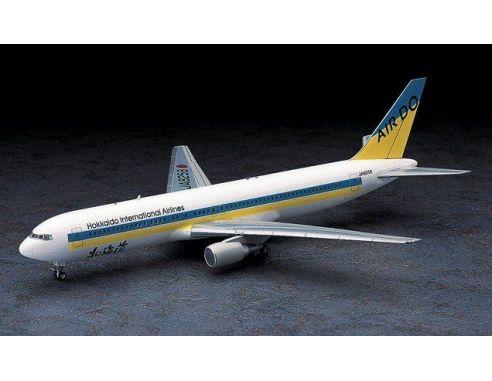 HASEGAWA 10712 BOEING 767-300 HOKKAIDO INTERNATION AIRLINES 1:200 KIT Modellino