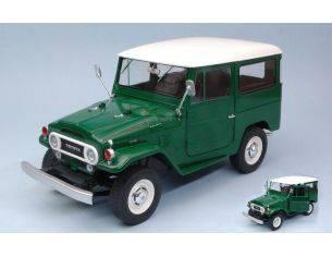 Triple 9 T9-1800150 TOYOTA LAND CRUISER FJ40 1967 GREEN W/WHITE ROOF 1:18 Modellino