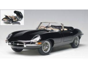 Auto Art / Gateway AA73605 JAGUAR E-TYPE ROADSTER SERIES I 3.8 1961 BLACK WITH METAL WIRE 1:18 Modellino