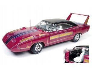 Auto World AMM1113 PLYMOUTH SUPERBIRD HARDTOP 1970 1:18 Modellino