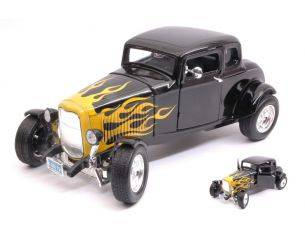 Motormax MTM73171BKY FORD HOT ROD WINDOW COUPE' 1932 BLACK/YELLOW FLAME 1:18 Modellino