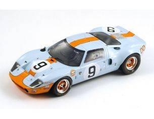 Spark Model S18LM68 FORD GT40 N.9 WINNER LM 1968 P.RODRIGUEZ-L.BIANCHI 1:18 Modellino