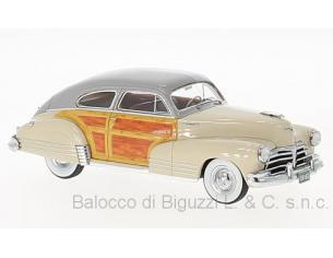 Neo Scale Models NEO45833 CHEVROLET FLEETWOOD AEROSEDAN 1942 BEIGE/WOODY 1:43 Modellino