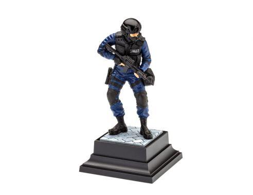 Revell RV02805 SWAT OFFICER KIT 1:16 1:16 Modellino