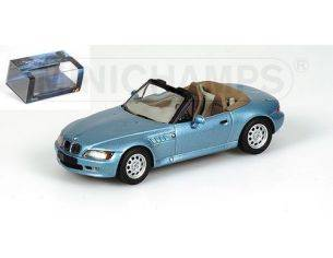 MINICHAMPS 436024330 BMW Z3 LIGHT BLUE METALLIC 007 J. BOND Modellino