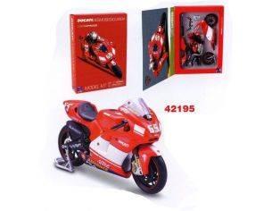New Ray NY42195 DUCATI L.CAPIROSSI 2004 KIT 1:12 Kit Moto
