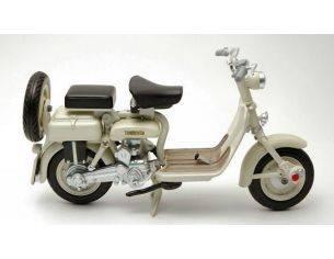 New Ray NY42475 LAMBRETTA 125 D 1951 1:12 Moto Modellino